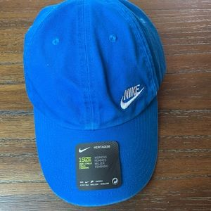 Nike Womens Heritage 86 Hat Washed look